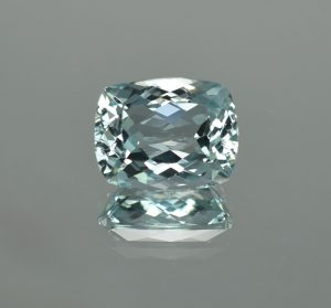 Aquamarine_cush_15.3x12.1mm_10.50cts