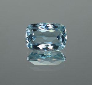 Aquamarine_cushion_13.0x9.0mm_4.79cts
