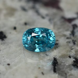 BlueZircon_oval_8.3x6.1mm_3.35cts_zn1259