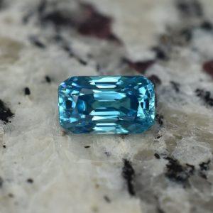 BlueZircon_radiant_11.5x6.9mm_6.66cts