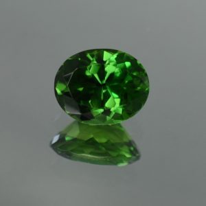 ChromeTourmaline_oval_8.3x6.6mm_1.58cts