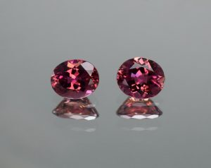 PinkRubellite_oval_pair_8.0x6.5_6.8mm_2.86cts