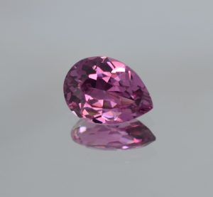 PinkSpinel_pear_11.0x8.0mm_3.12cts