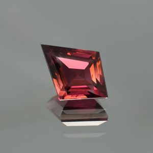 PinkTourmaline_kite_16.1x11.9mm_5.57cts_N_tm1034