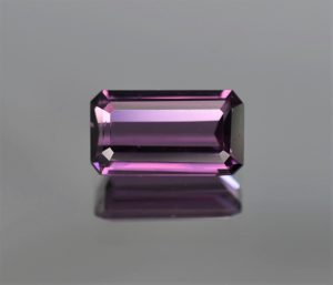 PurpleSpinel_eme_cut_13.2x7.4mm_4.83cts