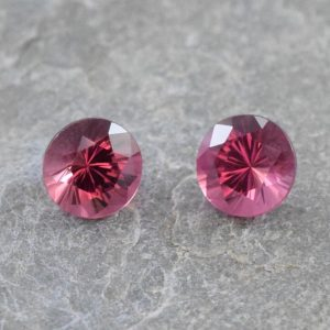 RedSpinel_round_pair_5.0mm_1.21cts_b