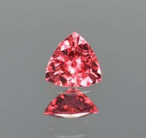 RedSpinel_trillion_6.1mm_0.74cts