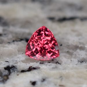 RedSpinel_trillion_6.7mm_1.53cts