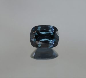 BlueSpinel_cush_6.6x5.3mm_0.89cts
