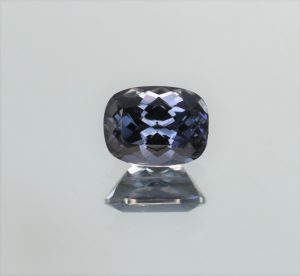 BlueSpinel_cush_8.1x6.2mm_1.83cts_b