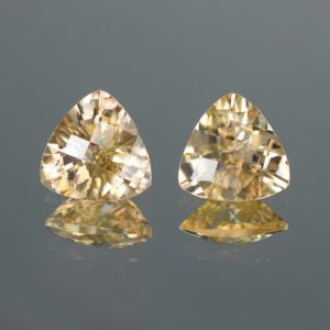 ChampagneZircon_ch_trill_pair_9.1mm_6.94cts_N