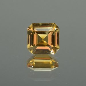 ChampagneZircon_sq_eme_6.0mm_1.49cts