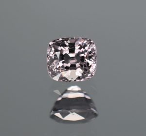 GreySpinel_cushion_5.5x5.0mm_0.95cts_N_b