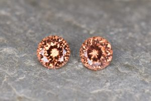 ImperialZircon_round_pair_6.0mm_2.53cts