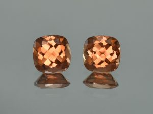 ImperialZircon_sq_cush_pair_8.0mm_6.27cts