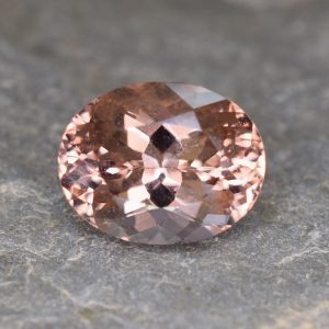 Morganite_oval_13.2x10.5mm_5.71cts_b