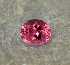 PinkRubellite_oval_10.5x9.2mm_3.91cts