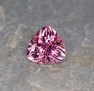 PinkTourmaline_trillion_13.1mm_7.06cts