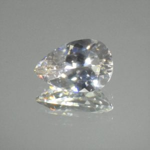 WhiteZircon_pear_15.1x10.2mm_8.36cts