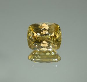 YellowZircon_cushion_11.0x9.1mm_6.36cts