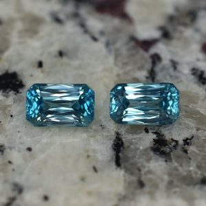 BlueZircon_rad_pair_9.0x5.5mm_6.18cts_zn2359