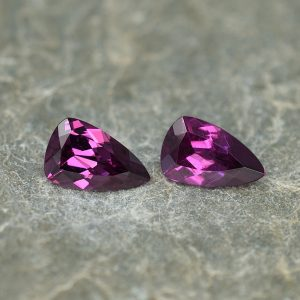 PurpleGarnet_drop_trill_pair_8.0x5.0mm_1.90cts_pl619