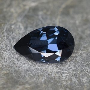 BlueSpinel_pearshape_10.3x6.3mm_1.83cts_sp137