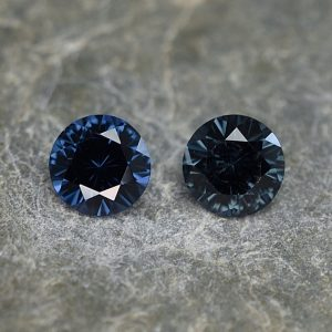 BlueSpinel_round_pair_5.0mm_1.04cts_sp258