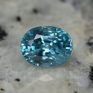 BlueZircon_oval_7.8x6.0mm_2.60cts_zn3169