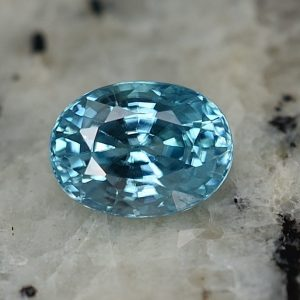 BlueZircon_oval_8.0x5.9mm_2.20cts_zn3167