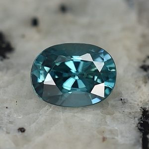 BlueZircon_oval_8.0x6.0mm_1.93cts_zn3166