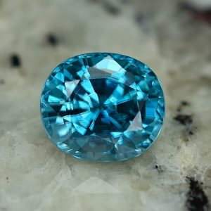 BlueZircon_oval_8.2x7.2mm_3.14cts_zn2271
