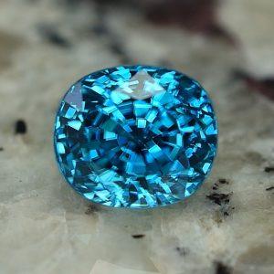 BlueZircon_oval_8.9x7.8mm_5.86cts_zn2307