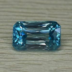 BlueZircon_radiant_9.0x5.5mm_3.17cts_zn2354