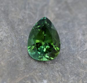 GreenTourmaline_pear_12.8x9.7mm_5.25cts_b