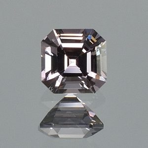 GreySpinel_sq_eme_cut_6.0mm_1.33cts_sp332