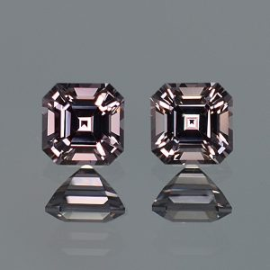 GreySpinel_sq_eme_cut_pair_5.5mm_2.08cts_a_sp325