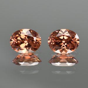 ImperialZircon_oval_pair_9.0x7.0mm_5.31cts_zn1153