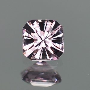 LilacSpinel_mod_sq_eme_5.8mm_1.06cts_sp348