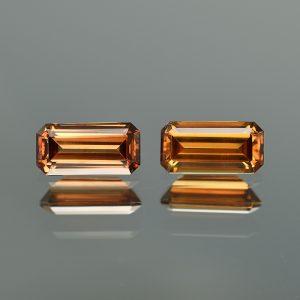 OrangeZircon_eme_cut_pair_10.3x5.1mm_5.18cts_zn2088