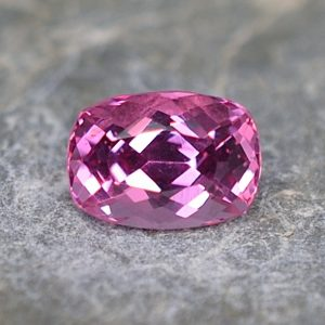 PinkSpinel_cushion_6.9x4.9mm_1.17cts_sp144