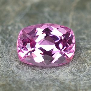 PinkSpinel_cushion_7.1x5.3mm_1.17cts_sp228