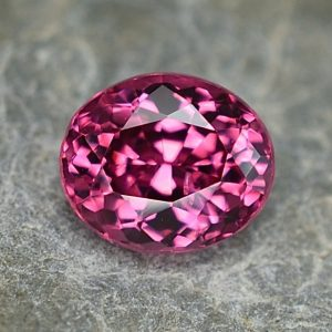 PinkSpinel_oval_6.8x5.7mm_1.37cts_sp285
