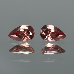 RoseZircon_pearshape_pair_7.9x5.0mm_2.35cts_zn2466
