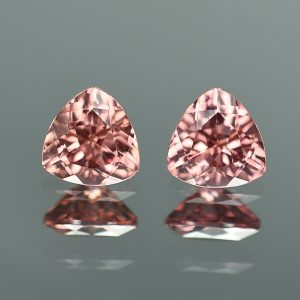 RoseZircon_trillion_pair_7.0mm_3.49cts_zn1156