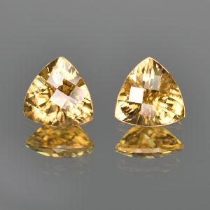 YellowZircon_ch_trill_pair_9.0mm_7.18cts_zn612