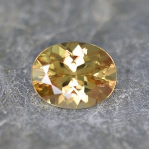 YellowZircon_oval_9.6x7.6mm_3.10cts_zn2683