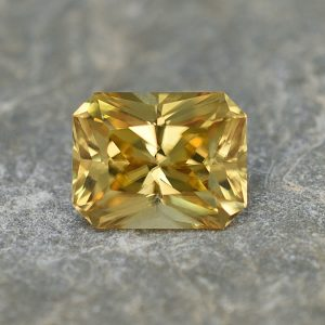 YellowZircon_radiant_9.4x7.3mm_4.01cts