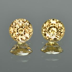 YellowZircon_round_pair_8.5mm_7.44cts_zn784