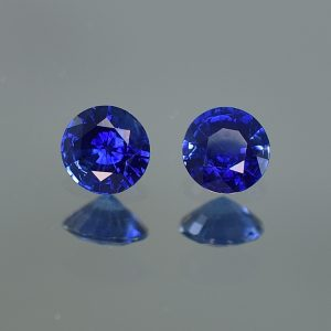 BlueSapphire_round_pair_5.0mm_1.06cts_sa359